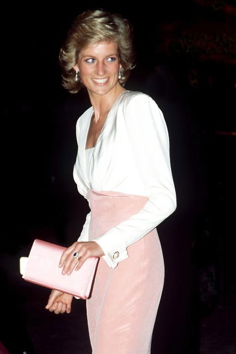 Pretty in Pink ... Diana