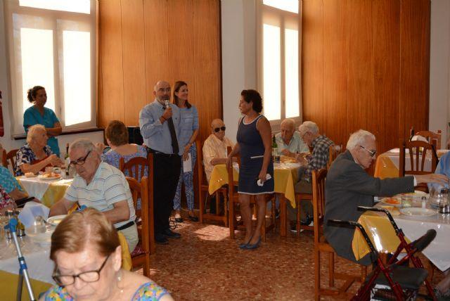 La Residencia de Pensionistas Ferroviarios de Águilas celebra el día de su patrón, San Miguel, Foto 1