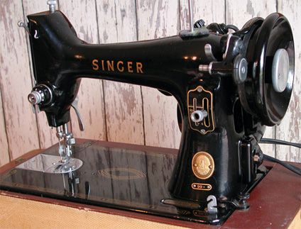Purchased For 40 Singer Model 40 Portable Electric Sewing Inspiration Electric Sewing Machines