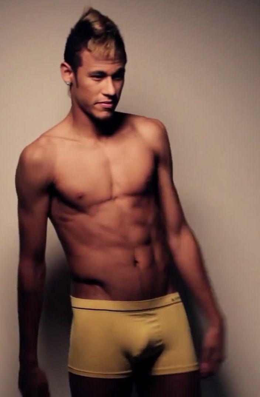 Neymar mans celebrity naked pinterest neymar and men celebrities neymar voltagebd Images