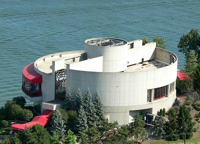 Montgomery Inn The Boathouse Yummy Ribs Cincinnati