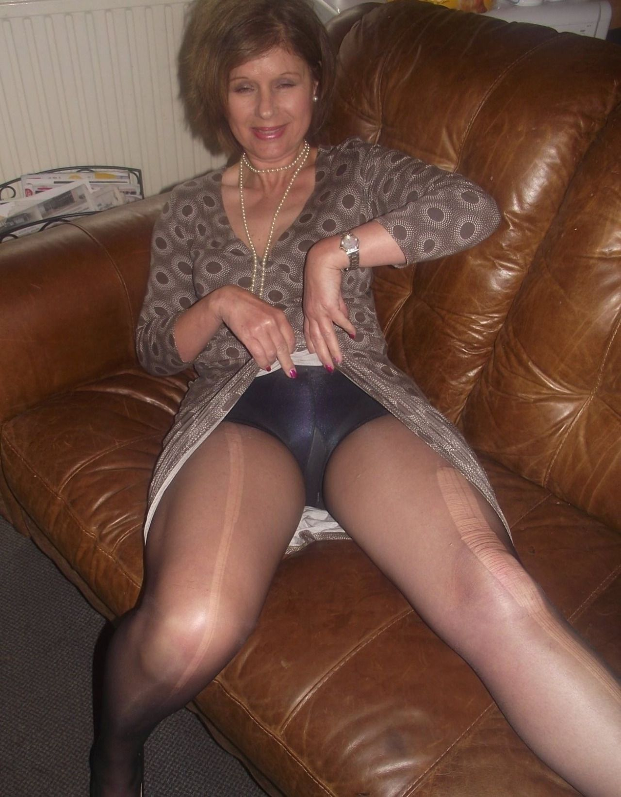Grannes And Pantyhose