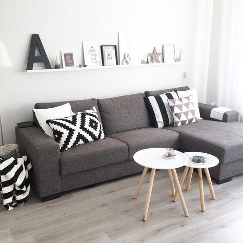 Woonkamer binnenkijken bij homebytara en 2019 home for Sillones para apartamentos pequenos