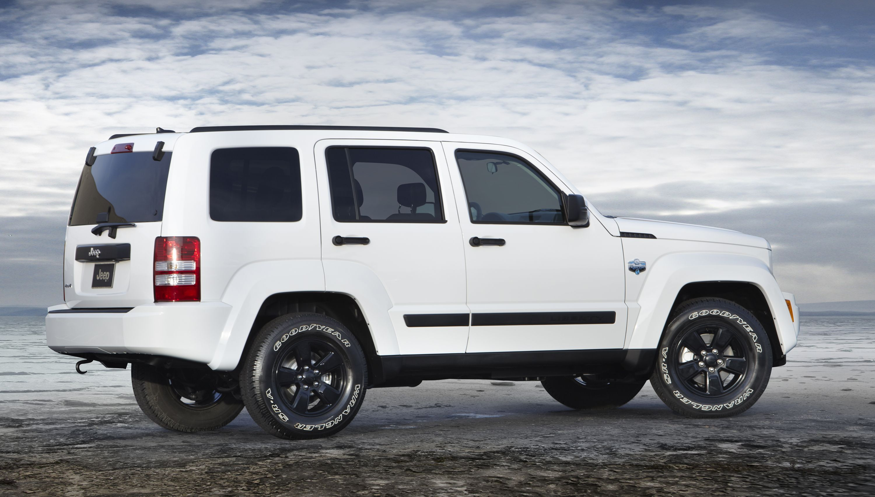 We Offer A Complete Line Of Jeep Liberty Transmission Parts Rebuild And Overhaul Kits To Help You With Manual Transmission Proble Jeep Liberty White Jeep Jeep