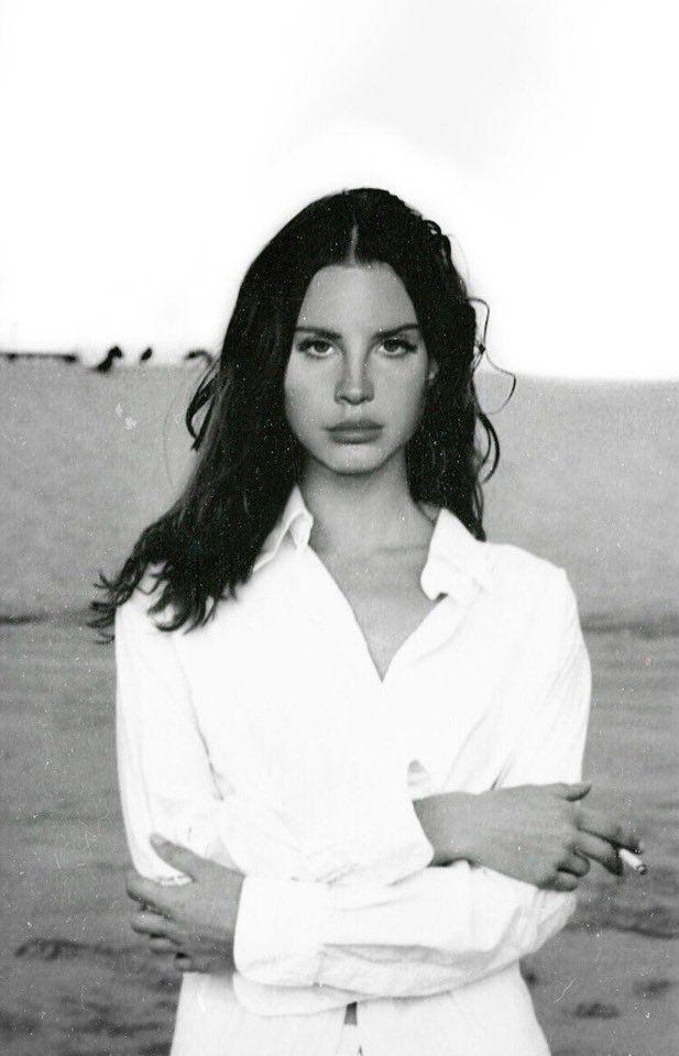 Pin De Sainaza En Lana Del Rey Con Imagenes Lana Del Rey Letras De Lana Del Rey Lana De Rey Fondos