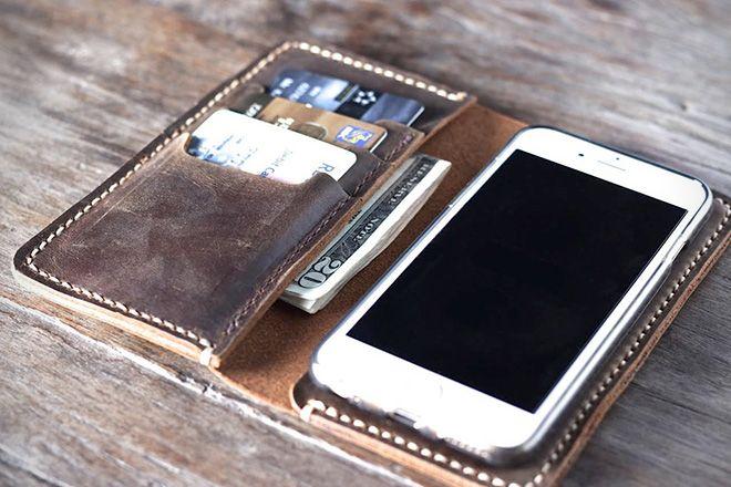 buy online c95c7 6476e Everyday Carry: The 20 Best iPhone 6 Wallet Cases | MEN'S WORLD ...