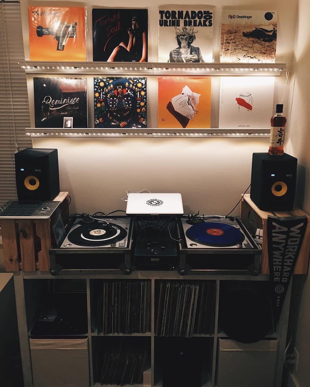 pin by murat can on record audio junkie vinyl room home studio music dj equipment. Black Bedroom Furniture Sets. Home Design Ideas