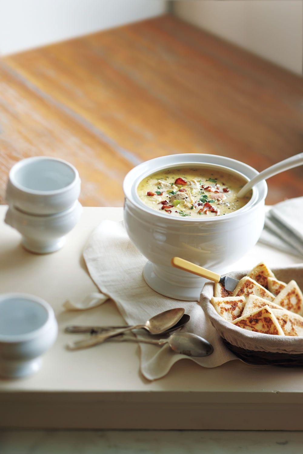 Michael Smith, P.E.I.'s culinary ambassador, shared his favourite chowder recipe with us. Made with easy to find ingredients and fresh Maritime seafood, it's sure to become a favourite in your home too. The chowder can be made a day or two in advance and reheated to serve. In fact, the chowder actually benefits from a night in the refrigerator: The extra time allows the flavours to really come together.