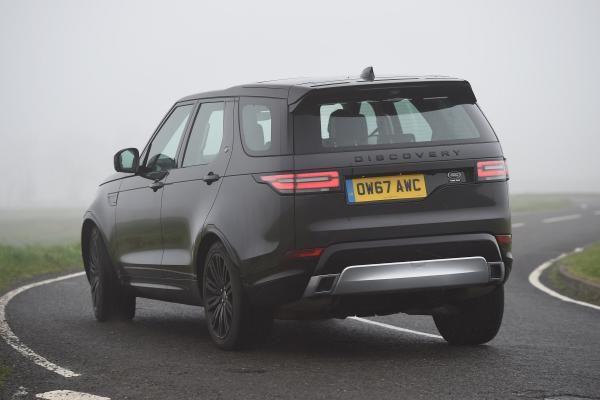 Land Rover Discovery 2018 Landrover Rangerover Rangerover2018 Landroversuv Landroversports