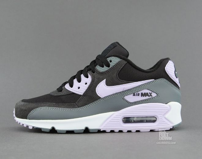 Nike WMNS Air Max 90 Essential - Black / Violet Frost | Sole Collector. A  great look for the ladies. | My Kicks Pinboard | Pinterest | Air max 90, Air  max ...