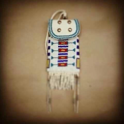 Kiowa women's strike a light bag made by Kiowa Beadwork by Miridith - https://www.facebook.com/beadsandbuckskin