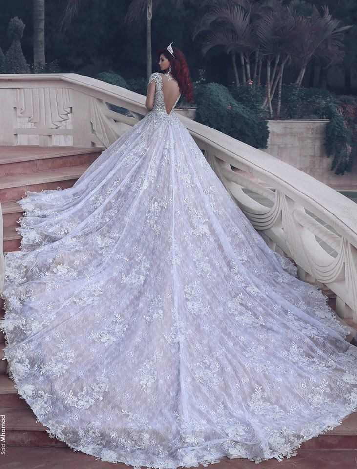 10 Wedding Gowns With The Longest Trains Wedding Dress Train