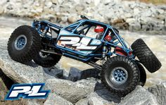 Pro-Line Project Garage: Transforming Axial's RR10 Bomber into a Scale Rock Racer