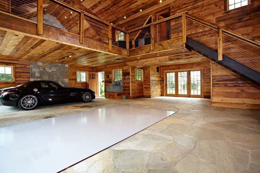 Every Man S Dream Structure A Creative And Luxurious House Garage Home Design Lover Luxury Garage Cool Garages House Design