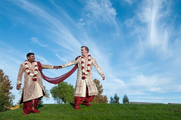 This Gay Couple Had An Indian Wedding And Their Love Story Will