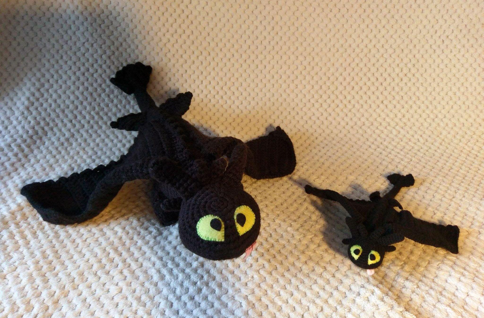 Crochet Toothless in different sizes Szydełkowy Szczerbatek w ...