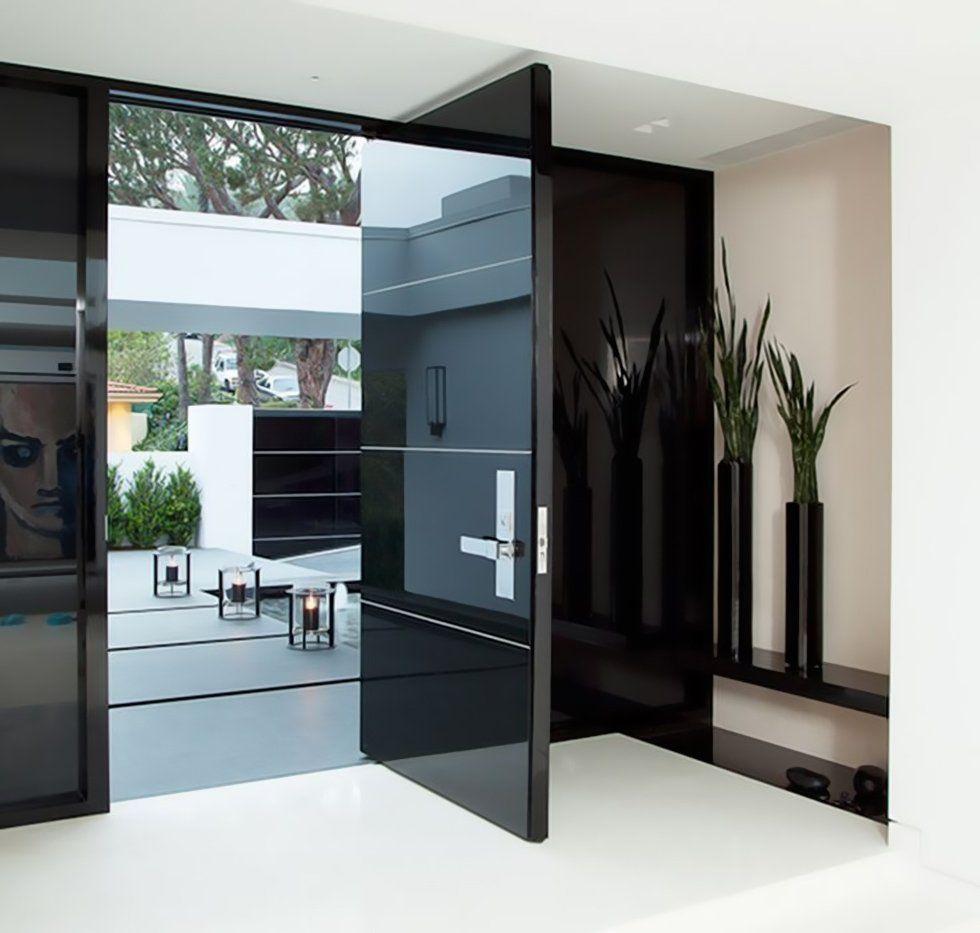 I materiali delle porte blindate idee porta d 39 ingresso for Idee ingresso casa moderna