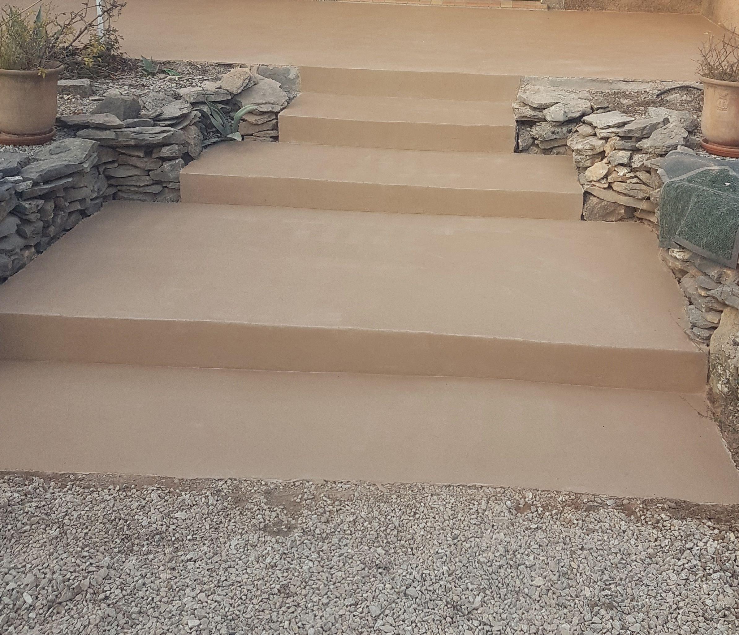 Sublimez Vos Escaliers Exterieurs Avec Le Beton Cire Escalier Exterieur Beton Escalier Exterieur Beton Cire Exterieur