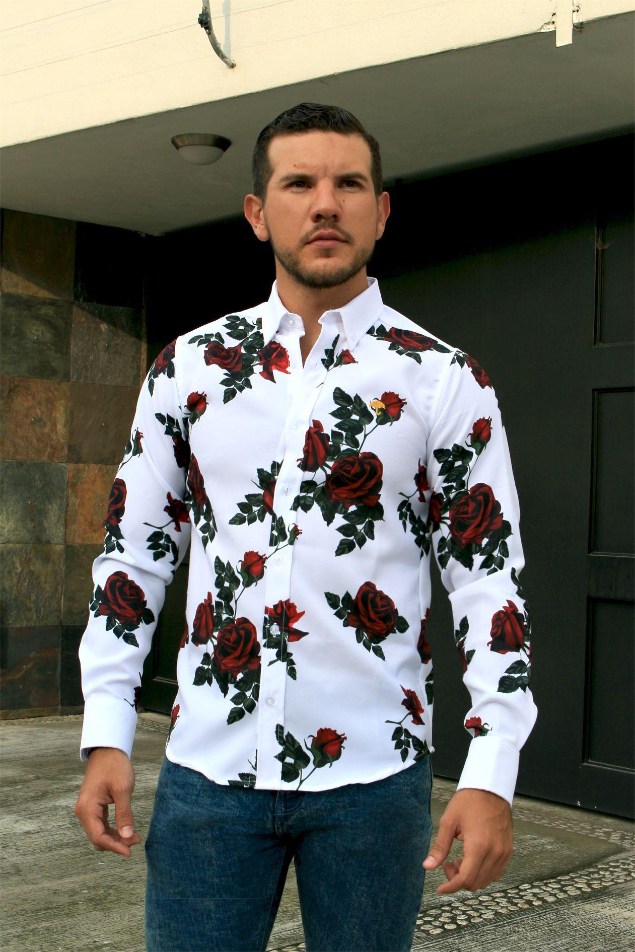 incidente imitar Último  Outfit para hombre; camisa slim fit blanca flores rojas grandes, jeans de  mezclilla, tenis de piel bla… | Ropa casual hombres, Moda ropa hombre, Ropa  moderna hombre