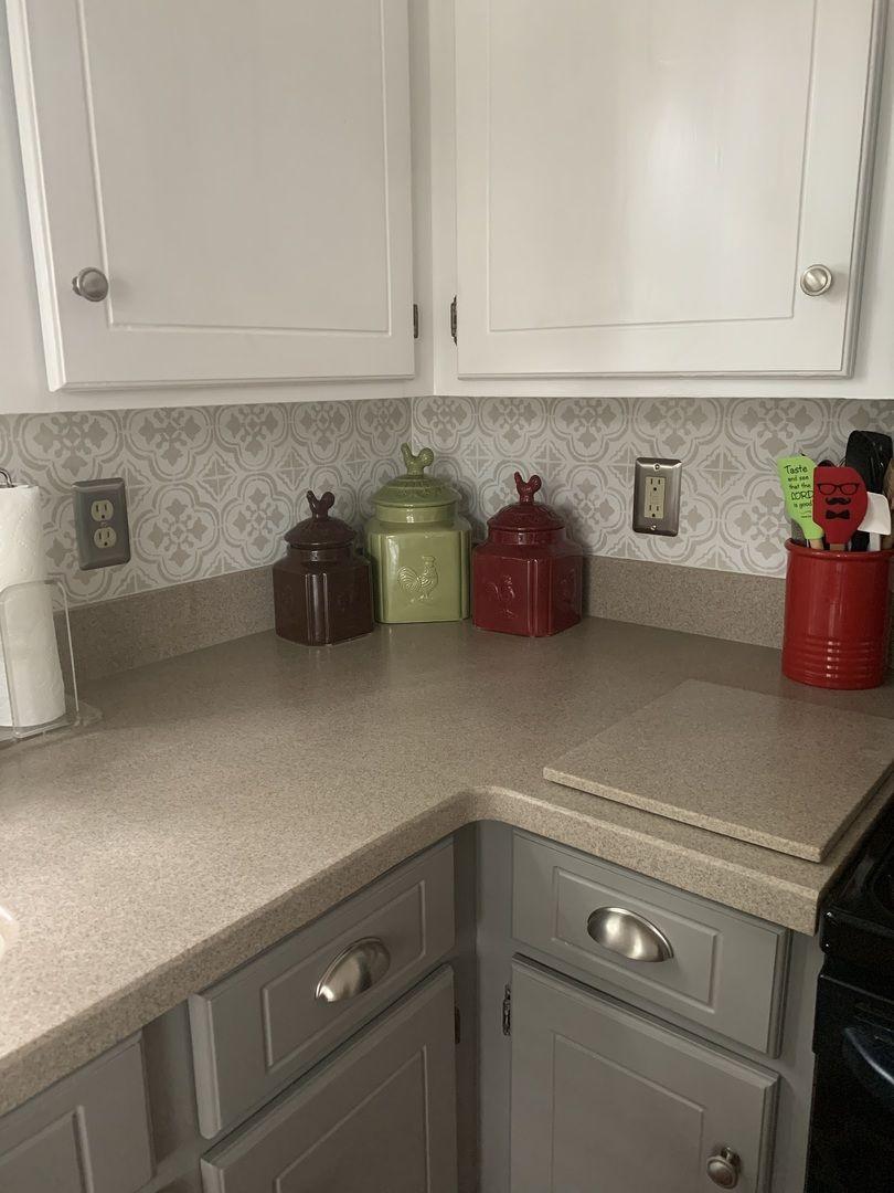 Santa Ana Tile Stencil In 2020 Easy Kitchen Backsplash Kitchen Cabinets And Granite Kitchen Countertops Laminate