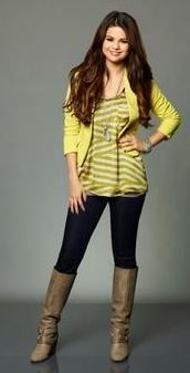 Selena Outfits Selena Gomez Outfits Famous Outfits Outfits
