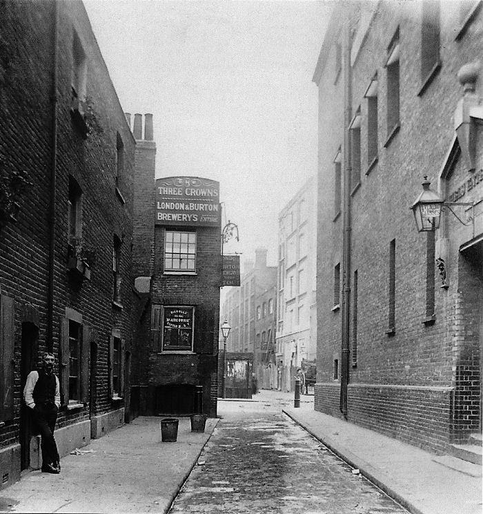 old castle street whitechapel 1890c old buildings pinterest londres. Black Bedroom Furniture Sets. Home Design Ideas