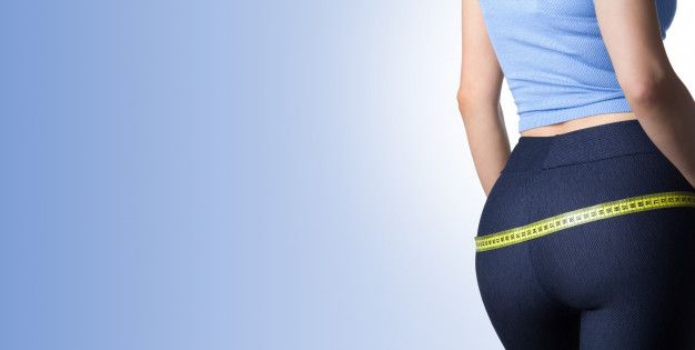 Mulher medir seus quadris e nádegas Foto... | Premium Photo #Freepik #photo #mulher #menina #fitness...