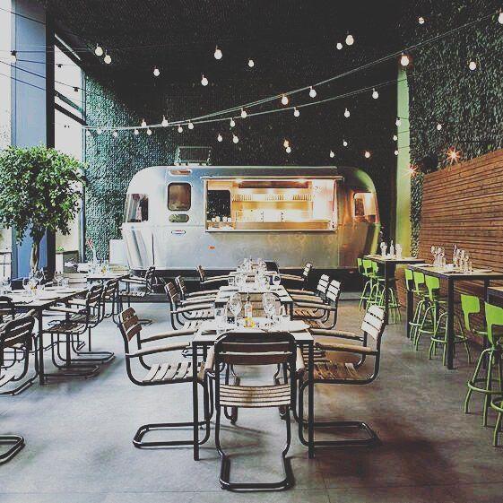 Airstream Indoors Als Keuken Misschien Koffieshop Ontwerp