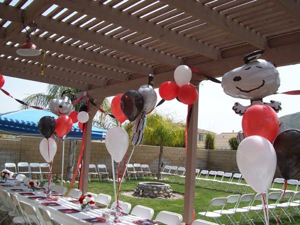 ♥Snoopy Themed Baby Shower