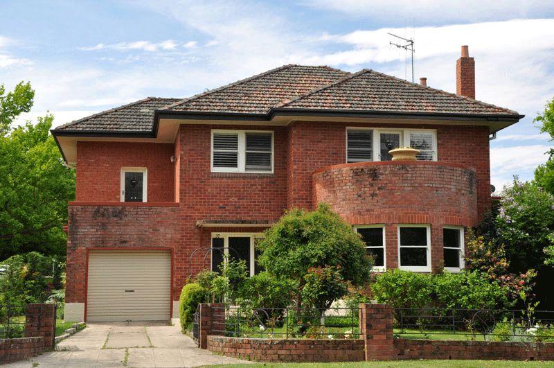 Wonderful House · Red Brick HousesArt Deco ...