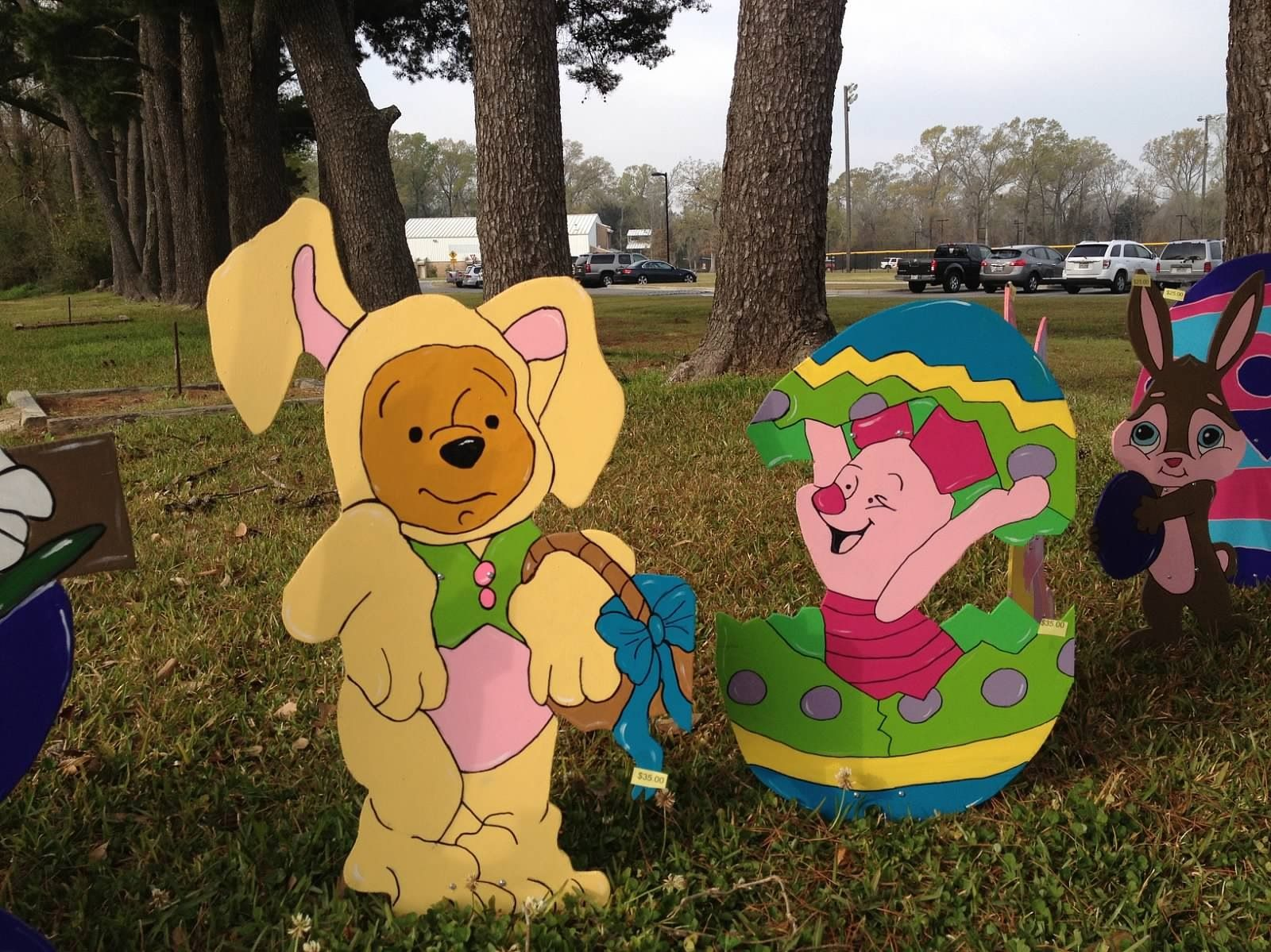 Wood yard decorations - Winnie The Pooh Easter Yard Art