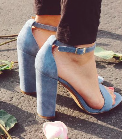 Need these blue suedes- steve madden 'carrson' suede heels