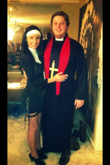 sexy-priest-and-nun-couples-costume