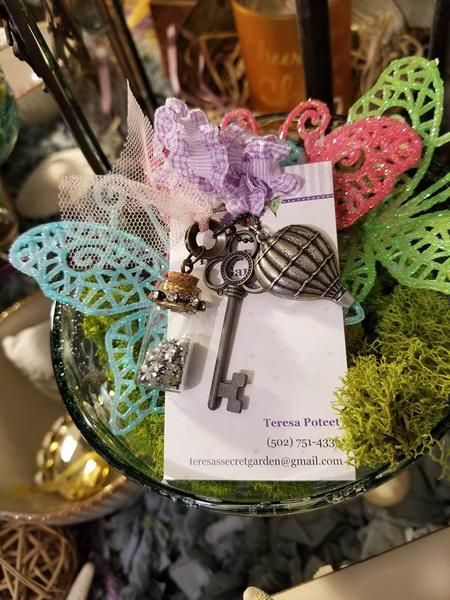 Clover Skeleton Key/Balloon/ Glitter Charms/36inch Matching Chain/Free Mystery Gifts