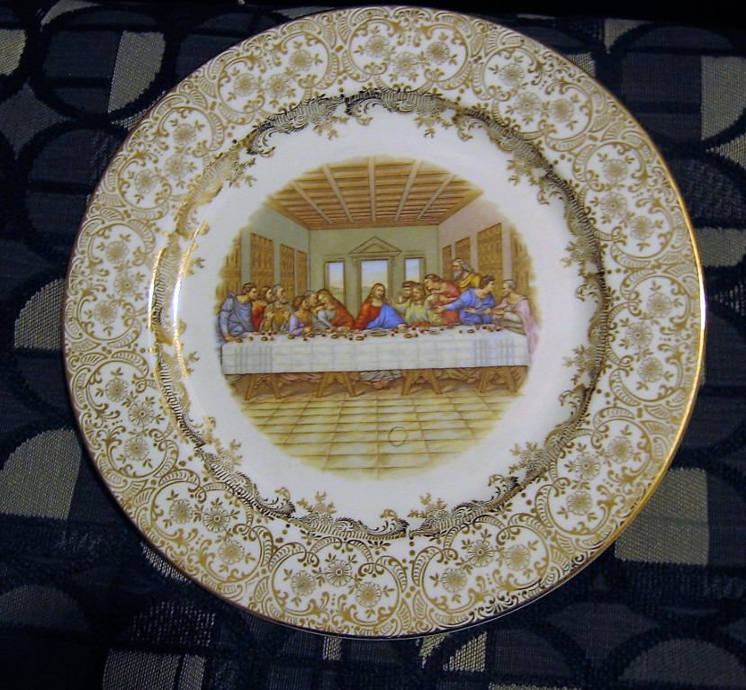 USA Ornate Scroll Design 10 inch Dinner Plate Ryan Furniture Co Homer Laughlin Last Supper Plate Palatka Fla Jesus and 12 Disciples