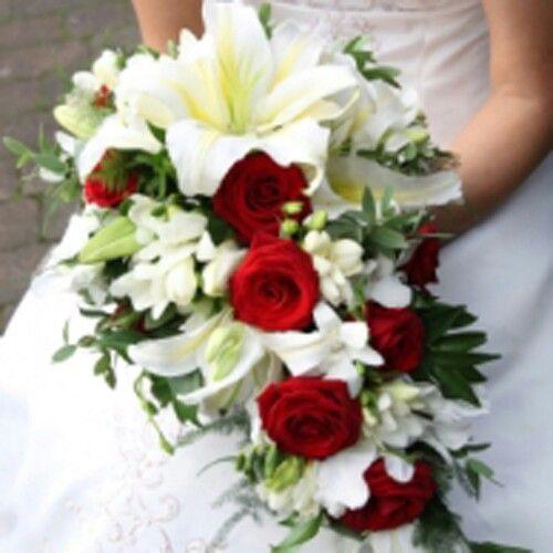 Bouquet Sposa Rosso.Bouquet Bianco E Rosso Bouquet Da Sposa Rosso Bouquet Da Sposa