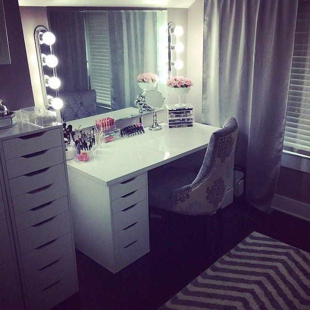 fonte web 10268777 576712435760968 119587978 640 640 pixels vanity mirrors pinterest. Black Bedroom Furniture Sets. Home Design Ideas