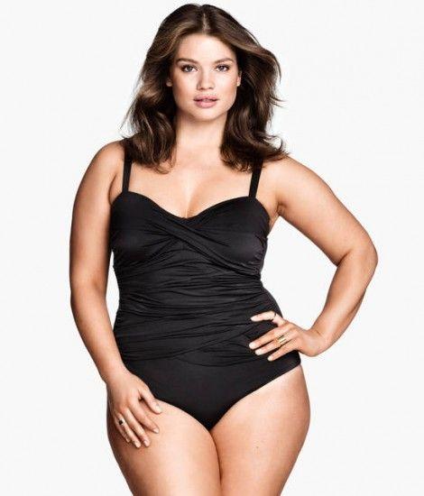 Costumi da bagno per donne curvy: sensuali con il bikini, ecco quali ...