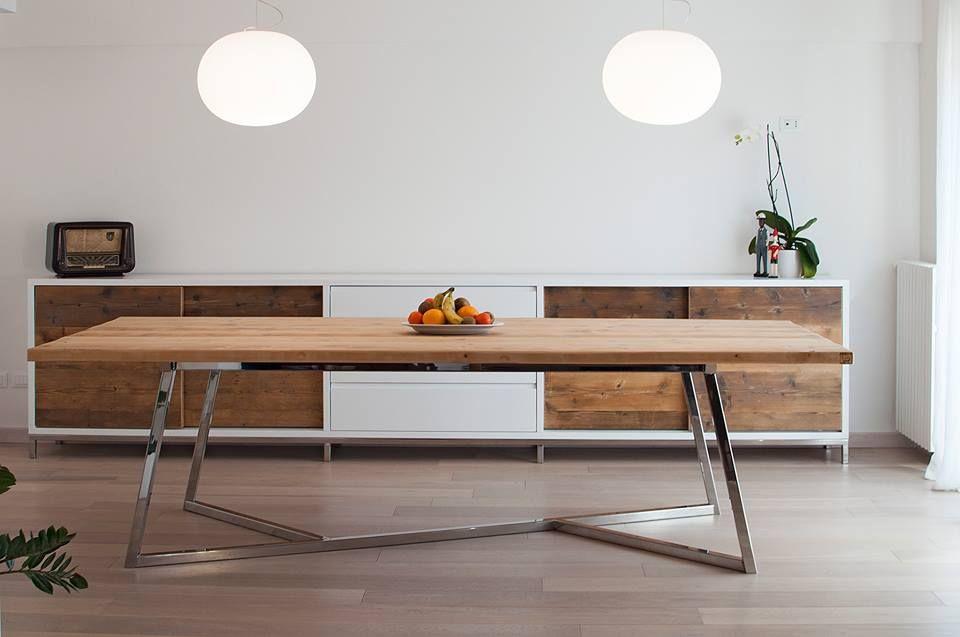 Magnifico tavolo con gambe in acciaio cromato e piano in for Tavolo acciaio design