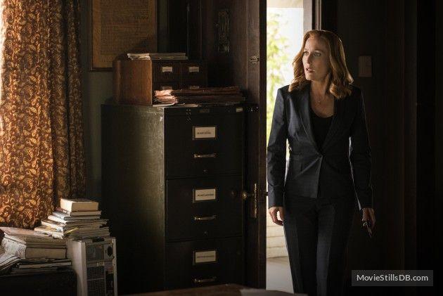 """The X Files"" Gillian Anderson"