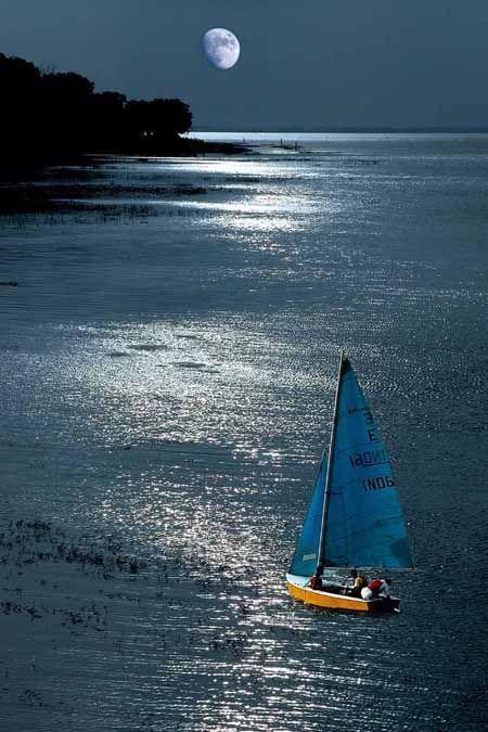# Moonlight Sailing   Mother nature moments