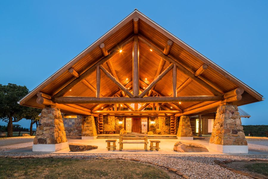 Live In Log Cabin Luxury On Amazing Texas Ranch