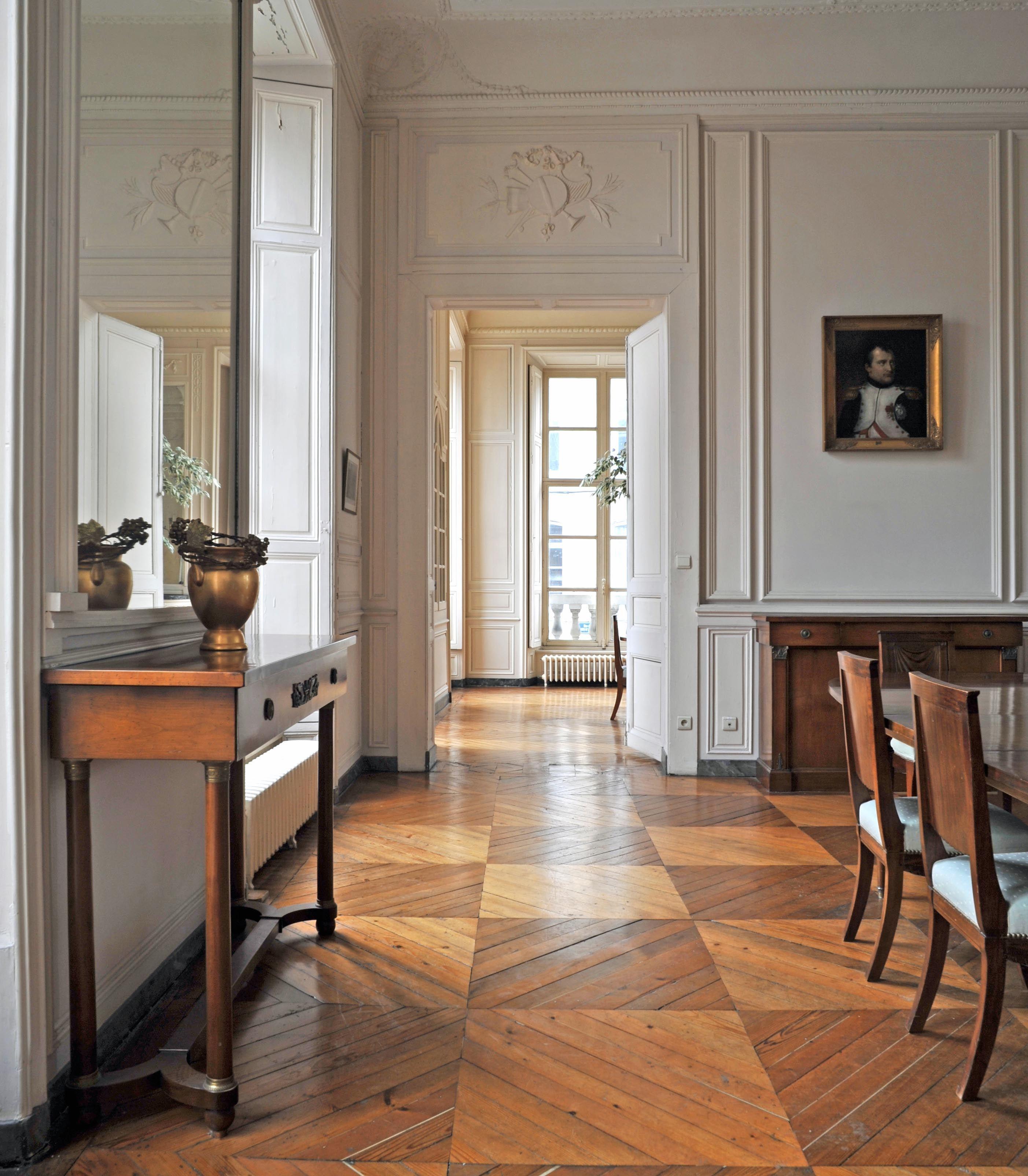 palais imp rial le salon de compagnie boulogne sur mer. Black Bedroom Furniture Sets. Home Design Ideas