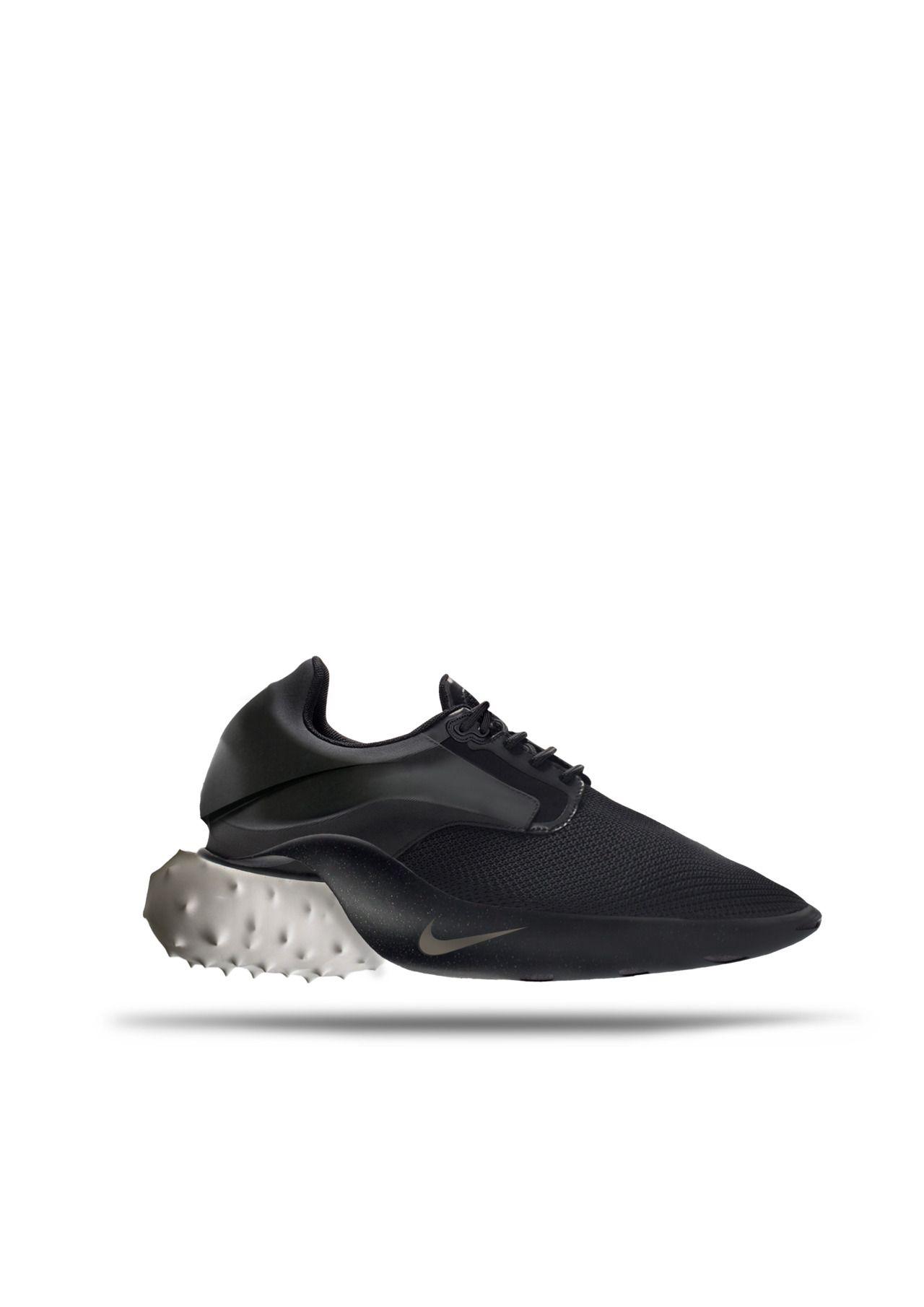 purchase cheap ed8c1 6f04b SAFA SAHIN Nike Fashion, Sneakers Fashion, Shoes Sneakers, Shoes Sandals,  Fashion Black