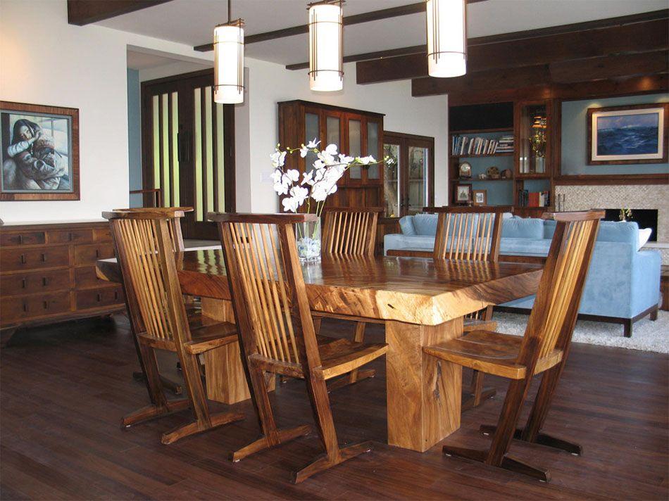 Chaises design devenues le bijou déco dans lu0027ameublement du0027une salle - modele de salle a manger design