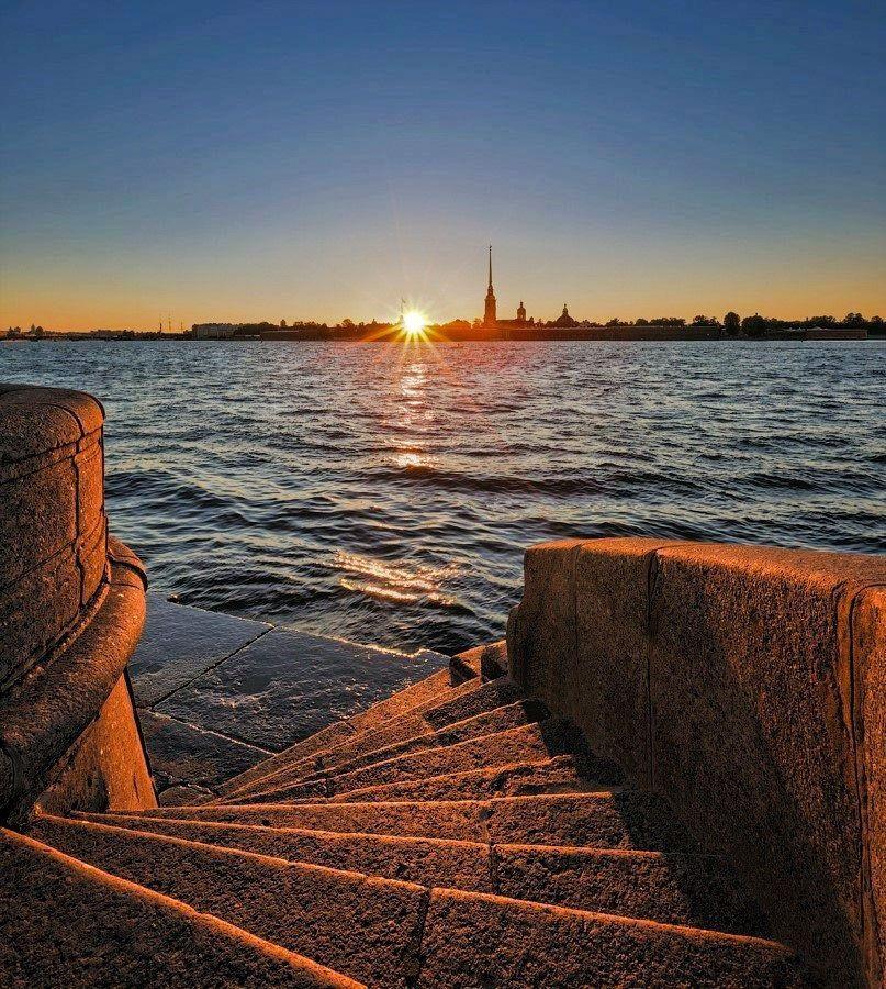 Санкт петербург восход солнца фото