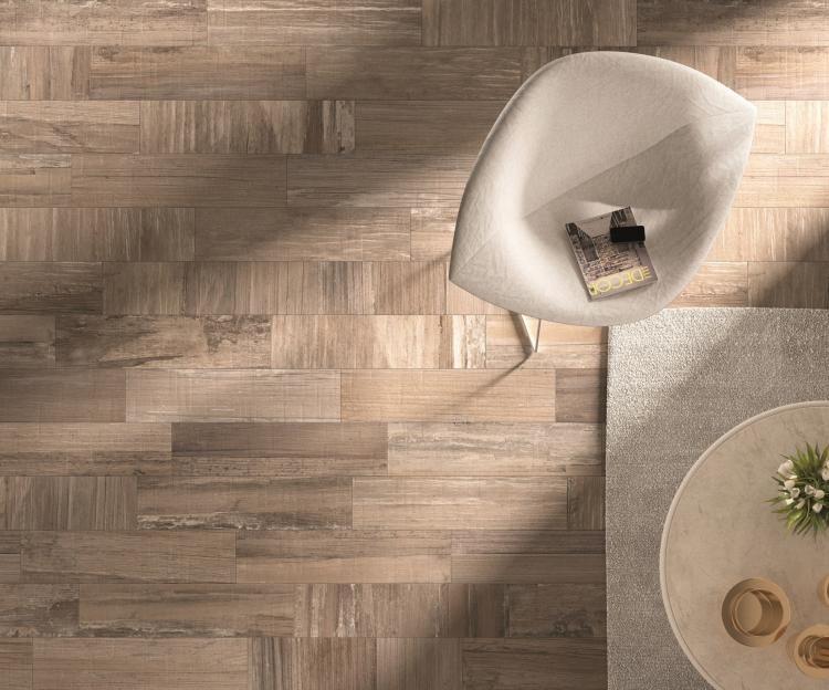 Fliesen in Holzoptik -ariana-ideen-bad-wohnzimmer-fussboden-stuhl