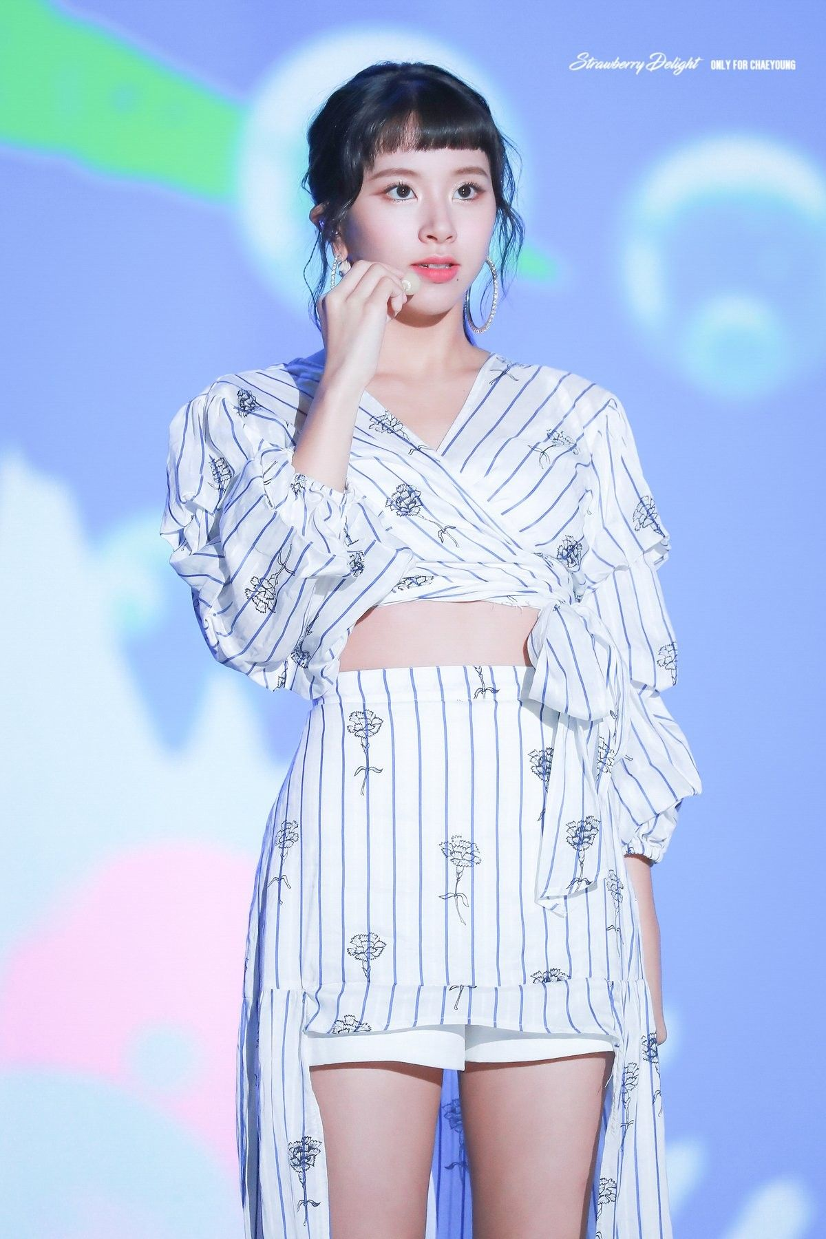 Twice Chaeyoung 180723 Ulsan Summer Festival Stage Outfits