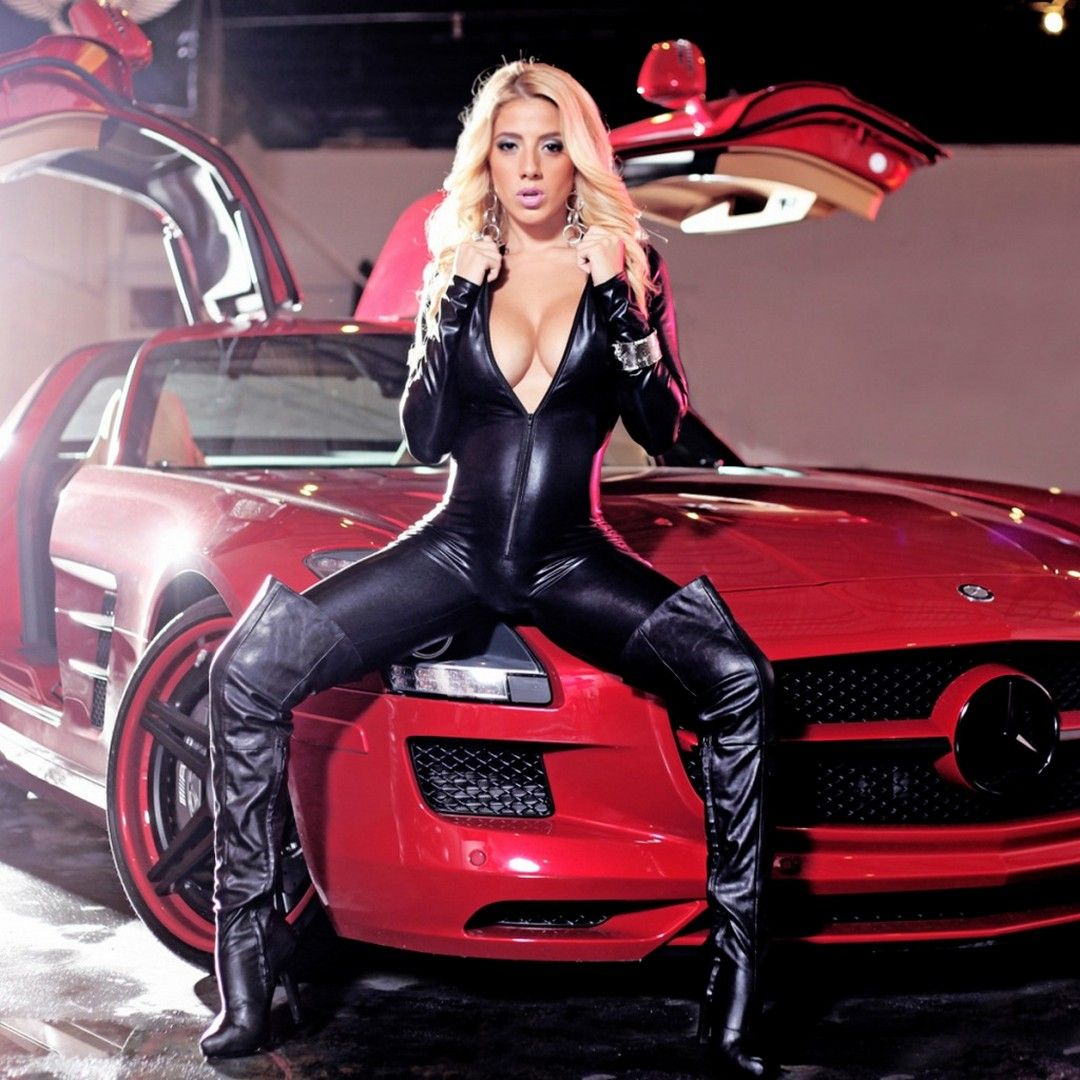 Hd Girls And Mercedes Wallpaper Mercedes Wallpaper Girl Car Girl Cool cars with girls wallpaper free hd