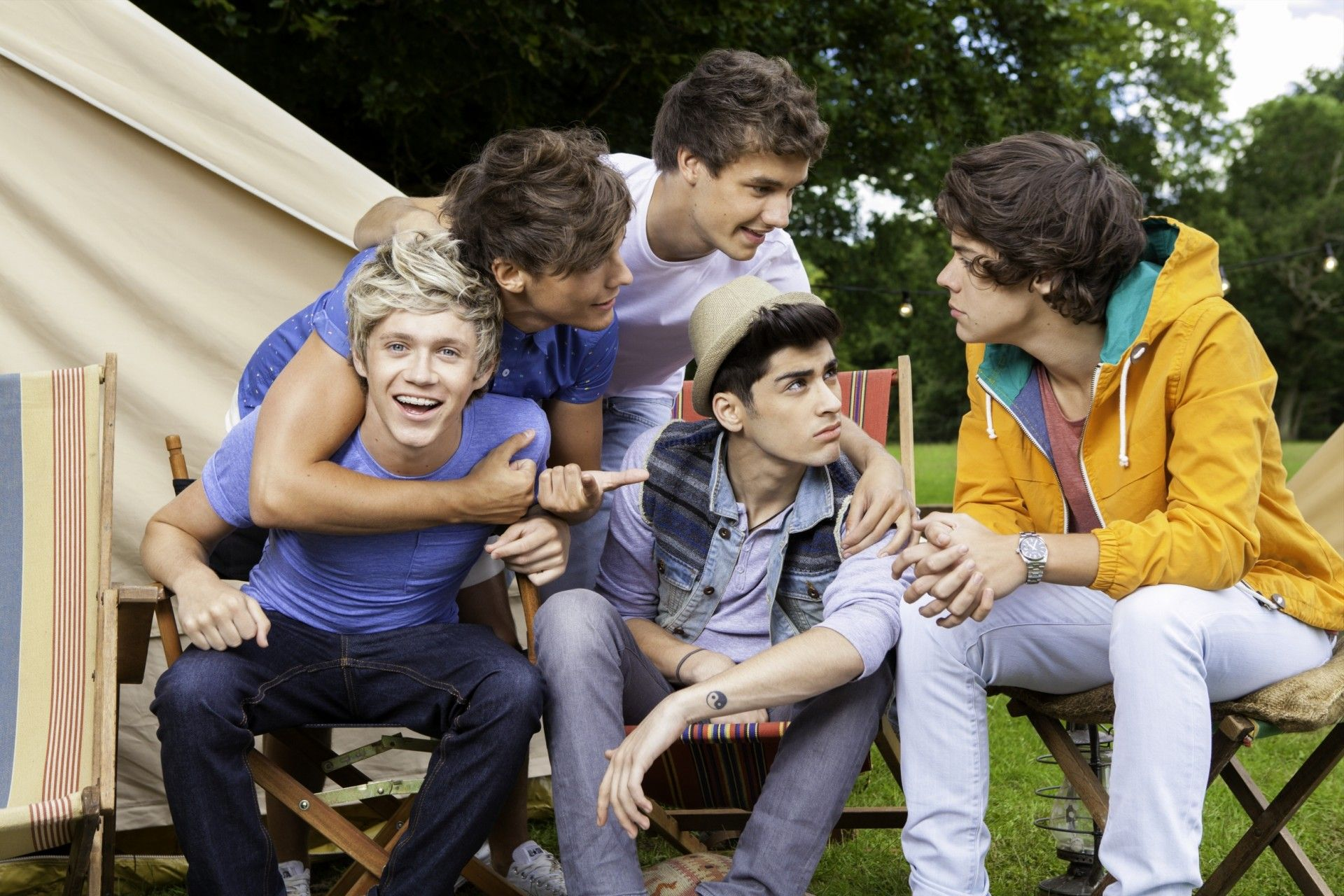 One Direction Hd Wallpaper One Direction Live One Direction Photoshoot One Direction Images